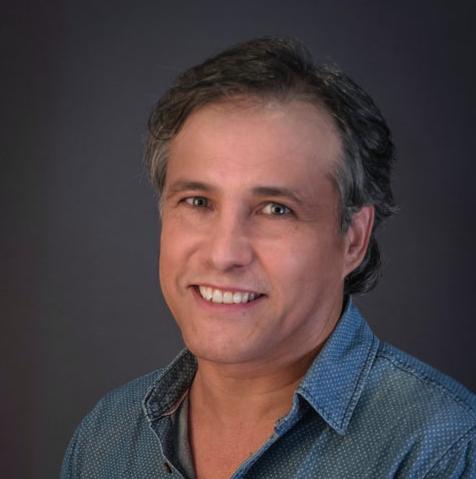 Dr. Arturo Regalado Briz